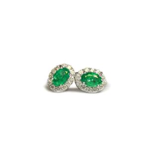 Orecchini ovali con smeraldi e diamanti