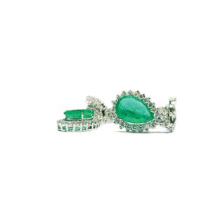 Orecchini a goccia con smeraldi e diamanti